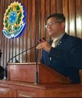 ALEXANDRE PEROTE APRESENTA REFORMA ADMINISTRATIVA NO QUADRO DE SERVIDORES DO PODER LEGISLATIVO DE HUMAITÁ